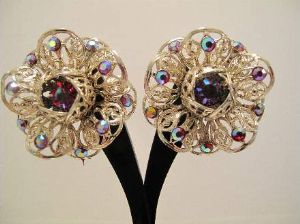 Signed piece Sarah Cov Late 1950's vintage earrings *SOLD*